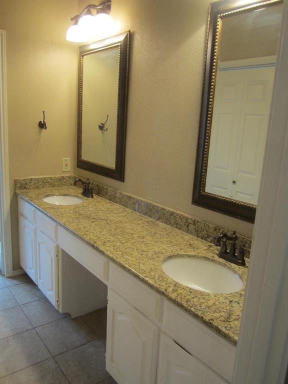 1933 San Miguel  Drive, Plano, Texas 75074 - acquisto real estate best realtor foreclosure real estate mike shepeherd walnut grove realtor