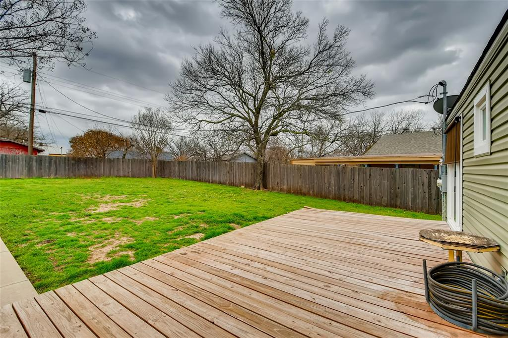 5025 Royal Drive, Fort Worth, Texas 76116 - acquisto real estate best realtor foreclosure real estate mike shepeherd walnut grove realtor
