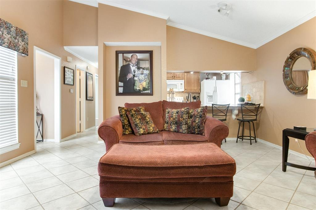 925 Cedarland  Boulevard, Arlington, Texas 76011 - acquisto real estate best flower mound realtor jody daley lake highalands agent of the year