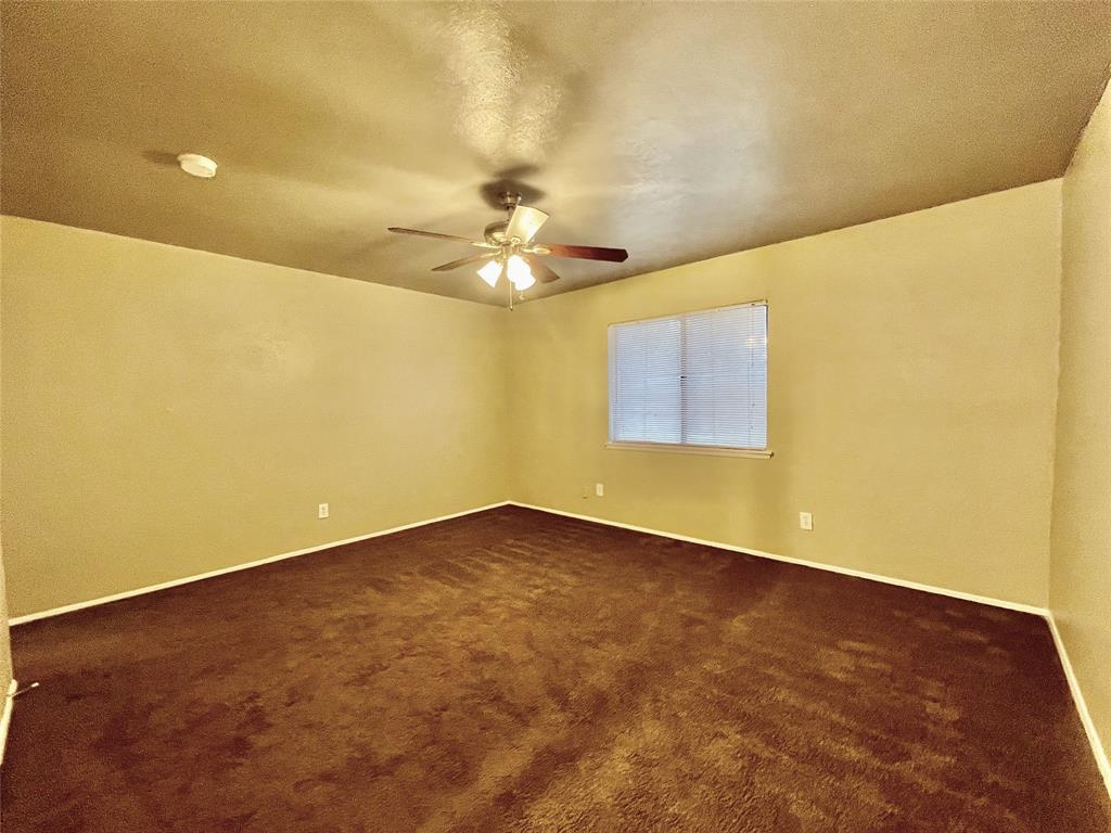 2226 Pennington  Drive, Arlington, Texas 76014 - acquisto real estate best photos for luxury listings amy gasperini quick sale real estate