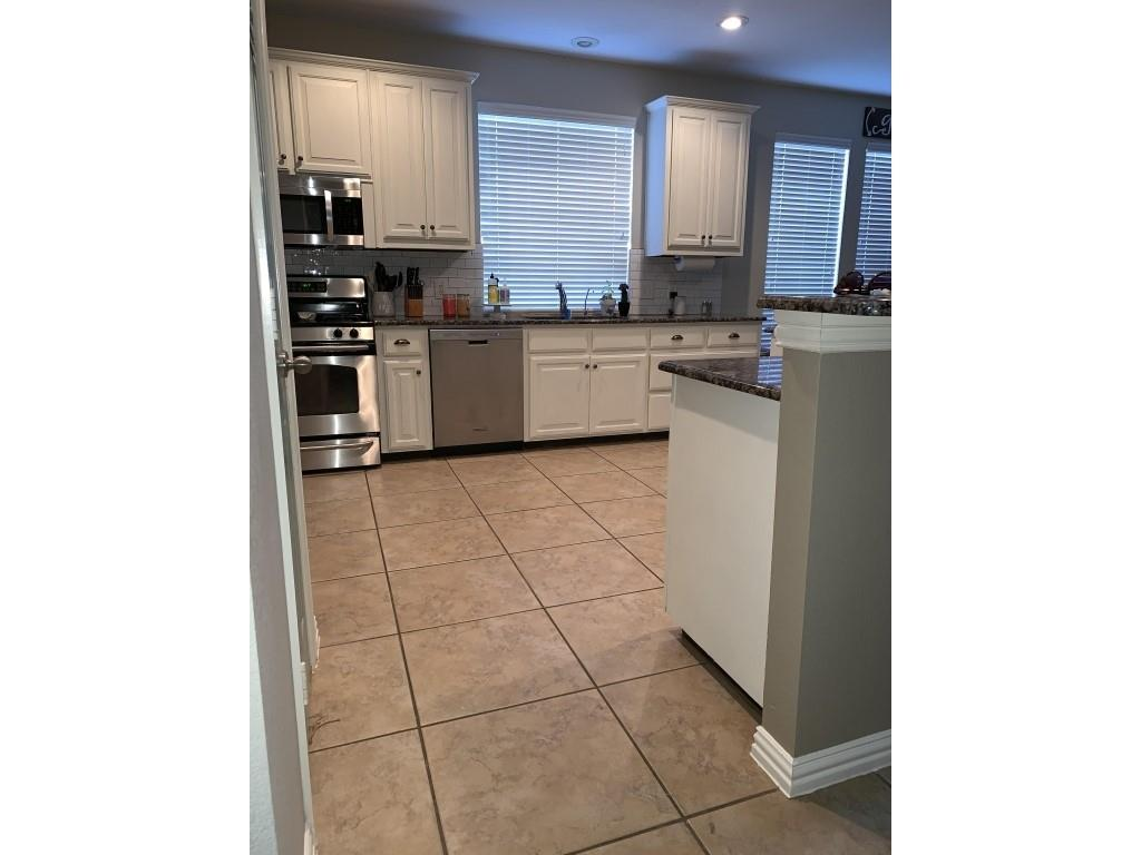 248 White Drive, Fate, Texas 75087 - acquisto real estate best celina realtor logan lawrence best dressed realtor