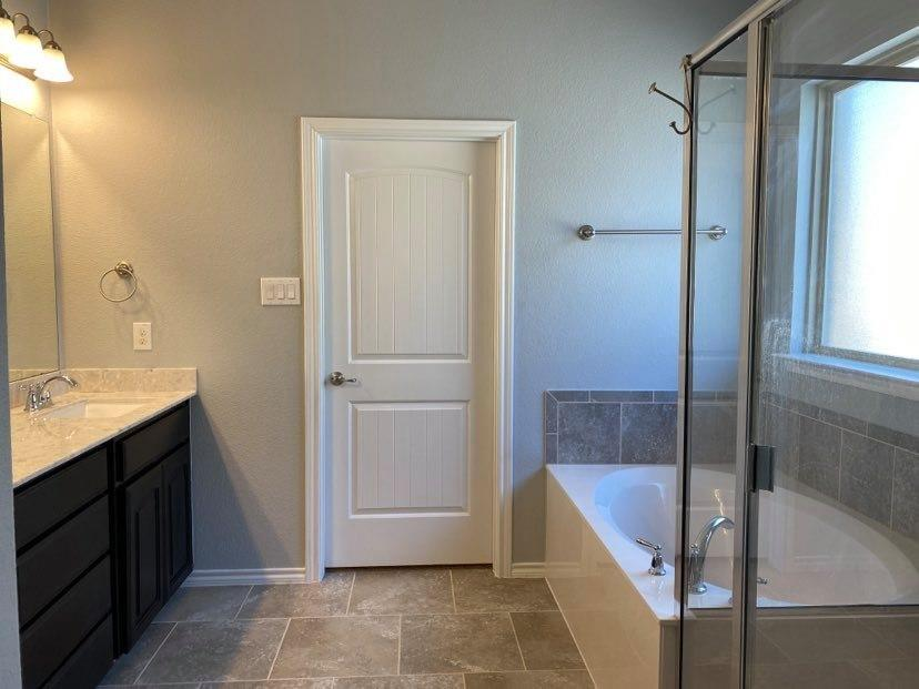 5028 Splitrock Drive, Denton, Texas 76210 - acquisto real estate best highland park realtor amy gasperini fast real estate service