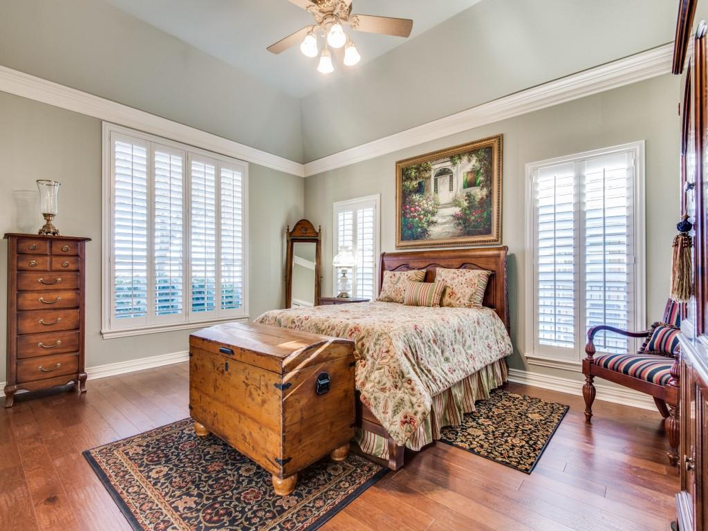 9005 Crestview Drive, Denton, Texas 76207 - acquisto real estate best realtor dfw jody daley liberty high school realtor