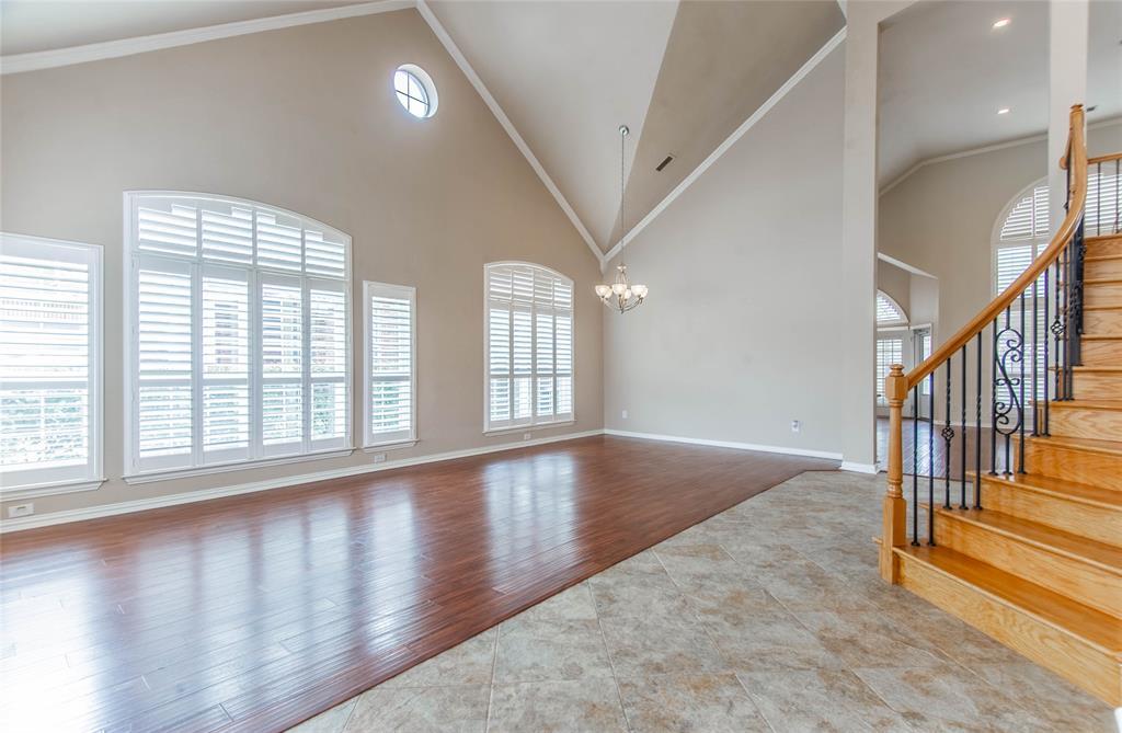 529 Salisbury Drive, Grand Prairie, Texas 75052 - acquisto real estate best the colony realtor linda miller the bridges real estate