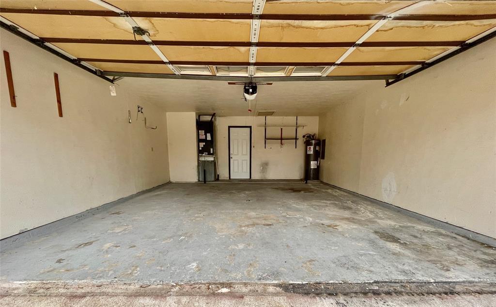 2226 Pennington  Drive, Arlington, Texas 76014 - acquisto real estate best negotiating realtor linda miller declutter realtor