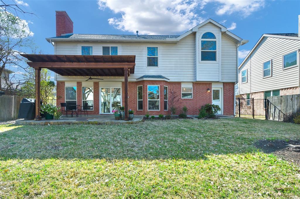 2716 Ponderosa Pine Drive, Flower Mound, Texas 75028 - acquisto real estate best realtor foreclosure real estate mike shepeherd walnut grove realtor