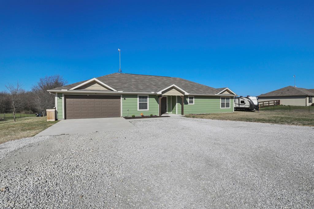 166 Blue Sky Lane, Springtown, Texas 76082 - acquisto real estate best the colony realtor linda miller the bridges real estate
