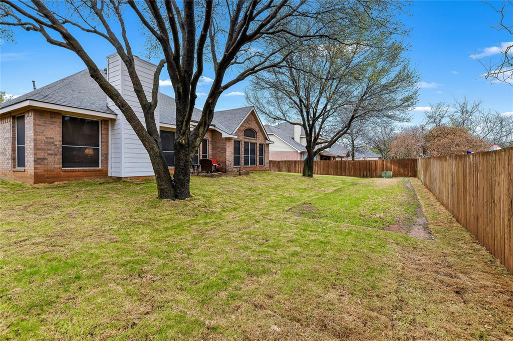 2117 Woodview Drive, Flower Mound, Texas 75028 - acquisto real estate agent of the year mike shepherd