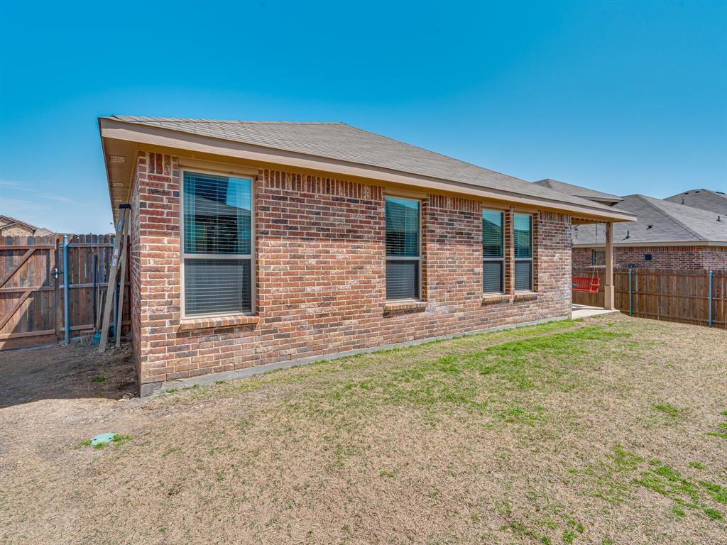 1725 Cross Creek Lane, Cleburne, Texas 76033 -