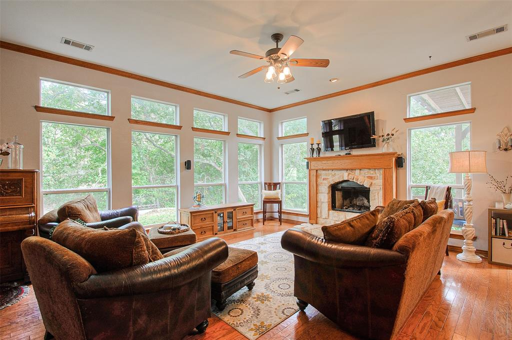 363 Preakness  Place, Van Alstyne, Texas 75495 - acquisto real estaet best boutique real estate firm in texas for high net worth sellers