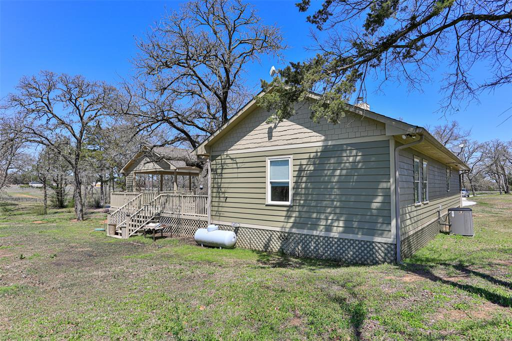 2326 Fm 3164  Gainesville, Texas 76240 - acquisto real estate best plano real estate agent mike shepherd