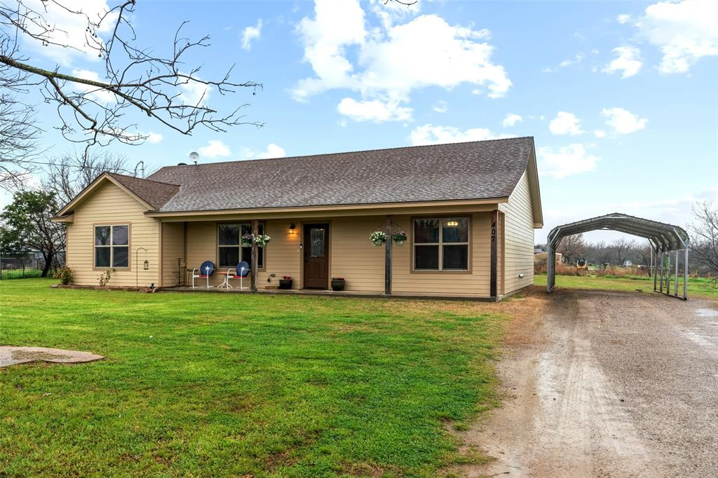407 Plum Street, Millsap, Texas 76066 - acquisto real estate best prosper realtor susan cancemi windfarms realtor