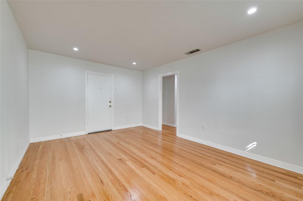 4134 Prescott Avenue, Dallas, Texas 75219 - acquisto real estate best real estate company to work for