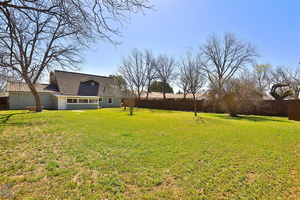 1902 Beechwood Lane, Abilene, Texas 79603 - acquisto real estate best relocation company in america katy mcgillen