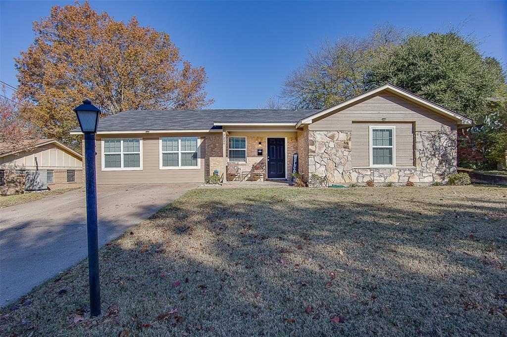 7804 Garza Avenue, Fort Worth, Texas 76116 - Acquisto Real Estate best plano realtor mike Shepherd home owners association expert