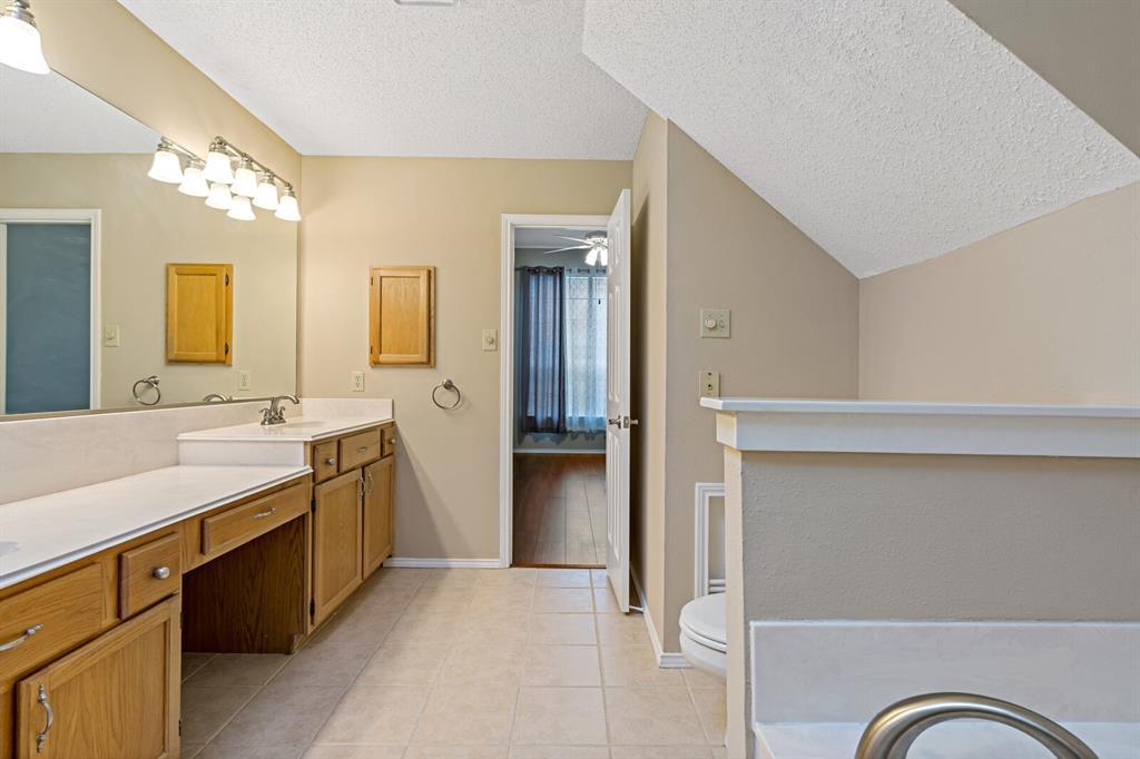 6522 Sturbridge Drive, Rowlett, Texas 75089 - acquisto real estate best designer and realtor hannah ewing kind realtor