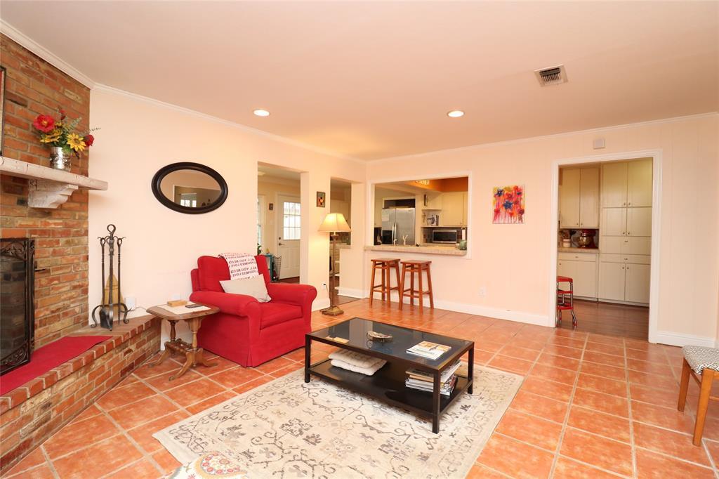 3406 Lynnwood Court, Arlington, Texas 76013 - acquisto real estate best highland park realtor amy gasperini fast real estate service