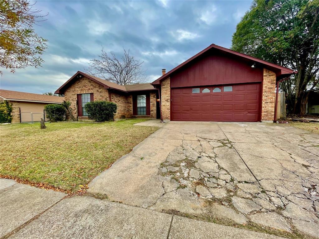 2226 Pennington  Drive, Arlington, Texas 76014 - acquisto real estate best allen realtor kim miller hunters creek expert