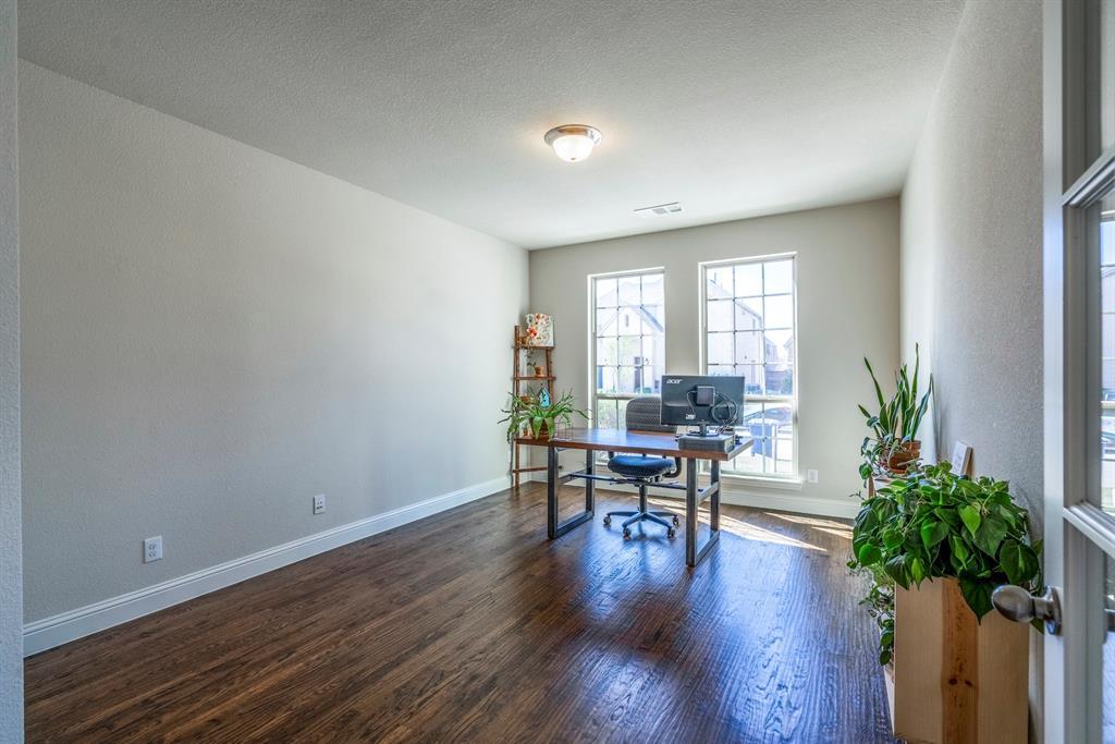 837 Fireside  Drive, Little Elm, Texas 76227 - acquisto real estate best listing photos hannah ewing mckinney real estate expert