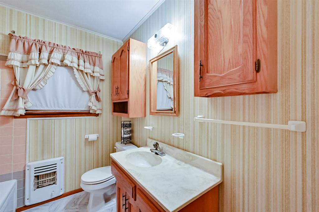 409 Kimbrough Street, White Settlement, Texas 76108 - acquisto real estate best photos for luxury listings amy gasperini quick sale real estate