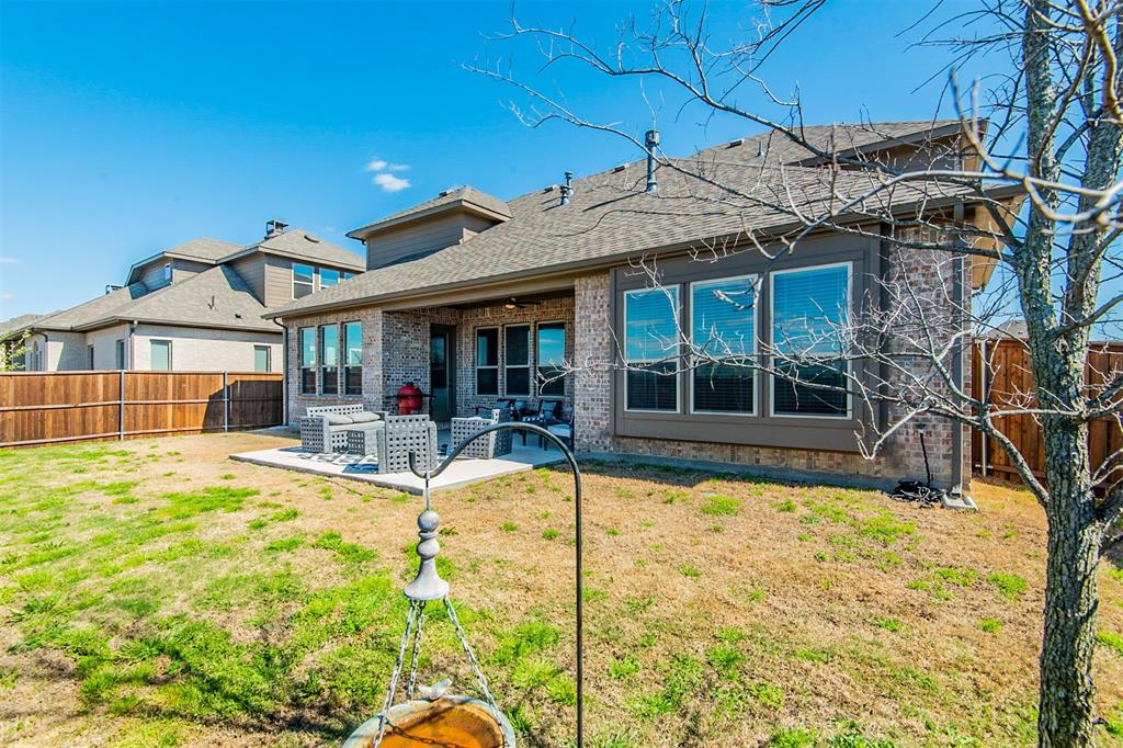 1917 Middleton Drive, Mansfield, Texas 76063 - acquisto real estate best realtor foreclosure real estate mike shepeherd walnut grove realtor