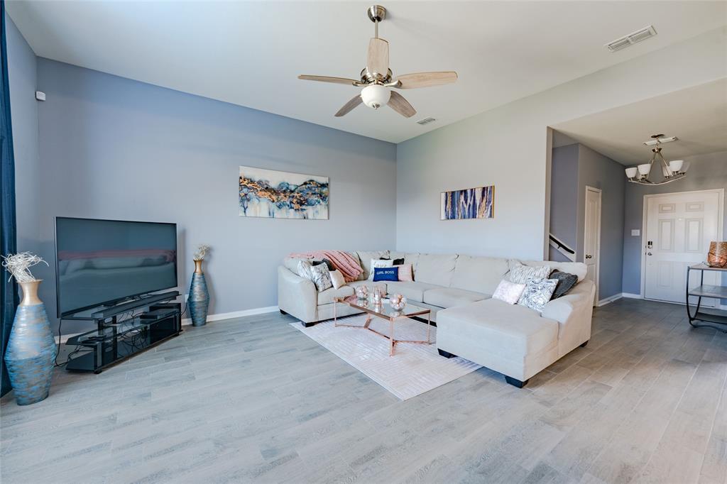 9835 Whistler  Drive, Dallas, Texas 75217 - acquisto real estate best highland park realtor amy gasperini fast real estate service