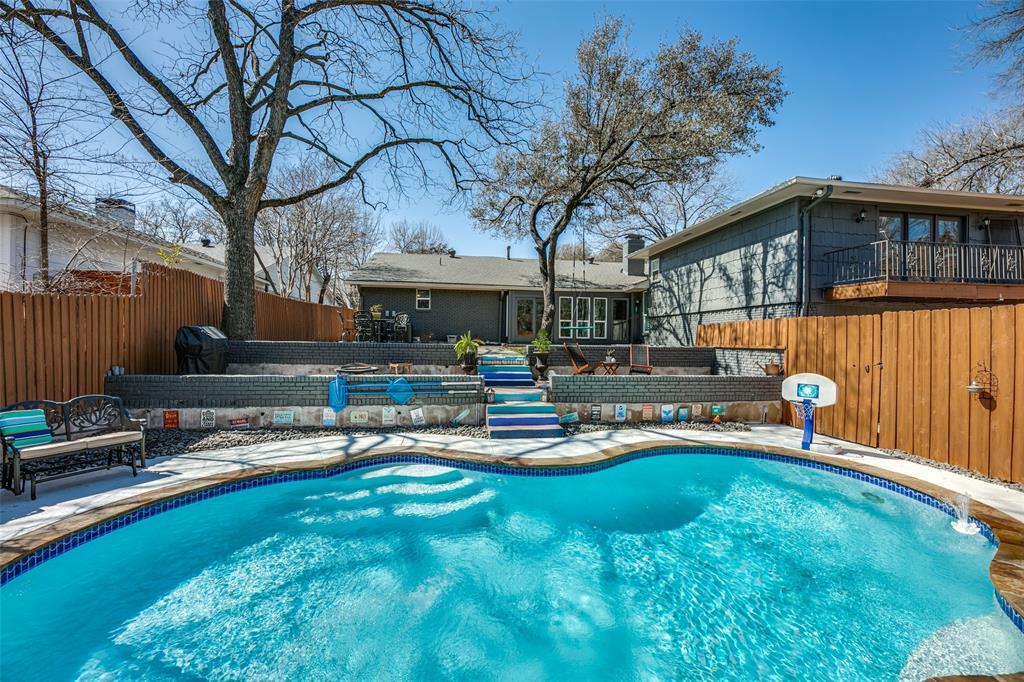 10118 Caribou  Trail, Dallas, Texas 75238 - acquisto real estate best realtor foreclosure real estate mike shepeherd walnut grove realtor