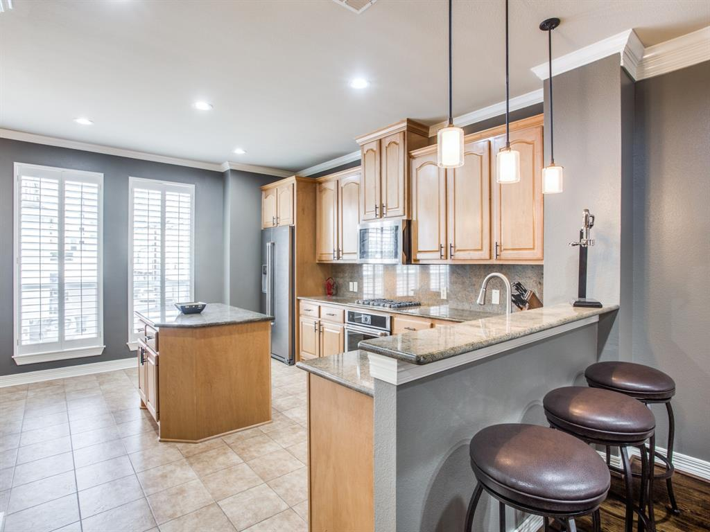 2813 State Street, Dallas, Texas 75204 - acquisto real estate best flower mound realtor jody daley lake highalands agent of the year