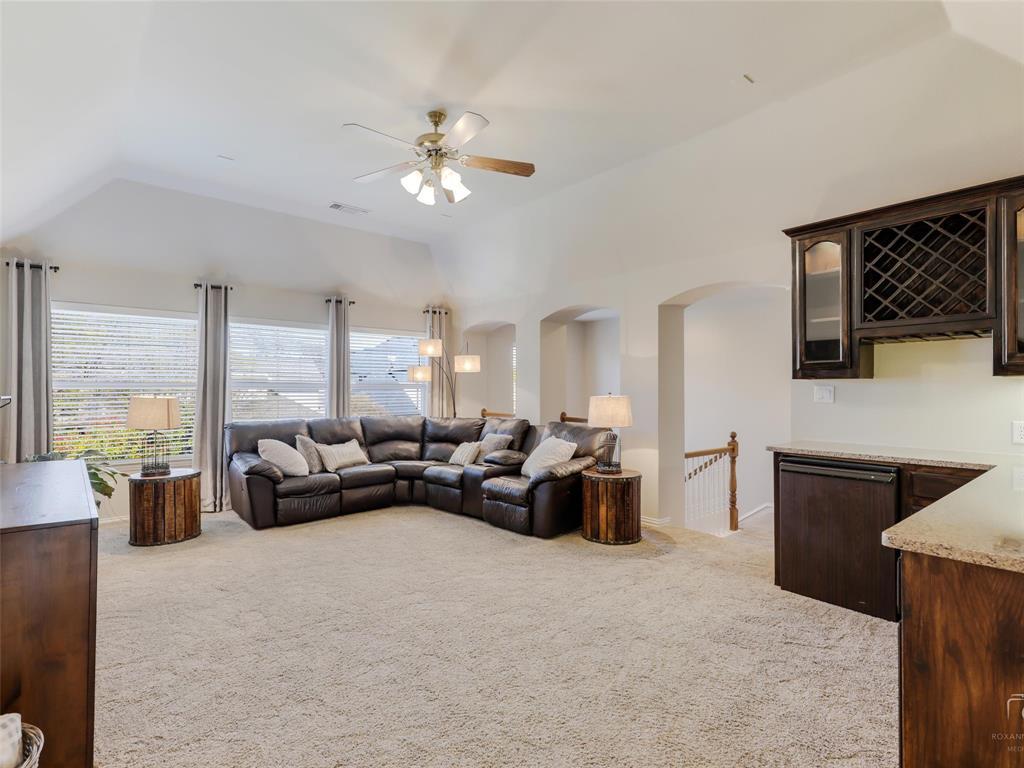 5358 Moss Glen Drive, Frisco, Texas 75034 - acquisto real estate best looking realtor in america shana acquisto