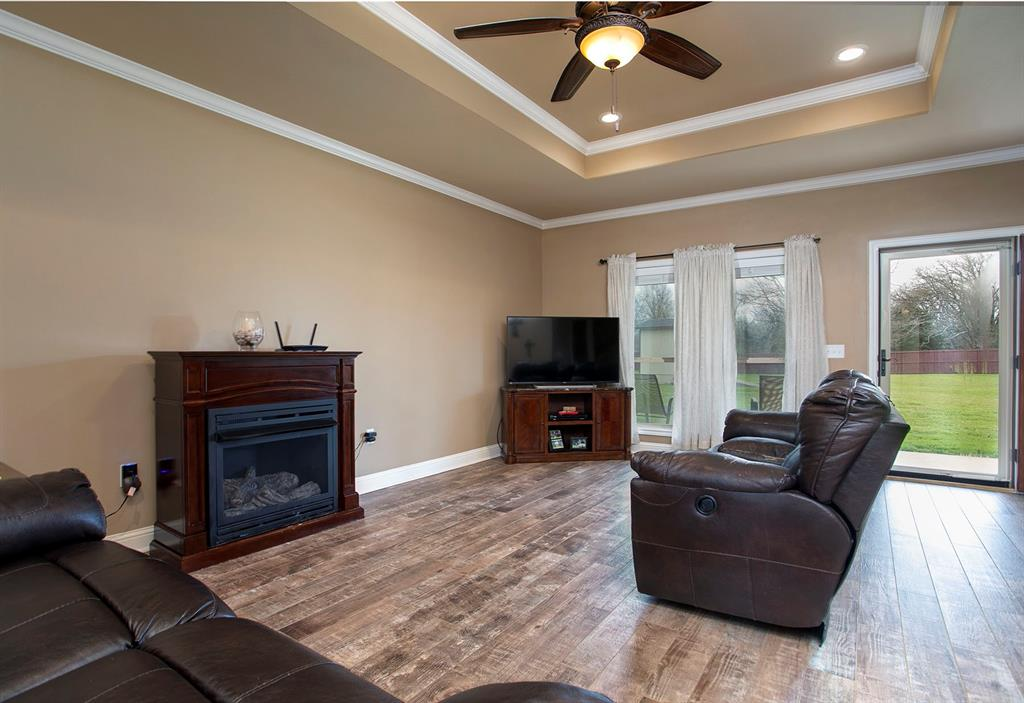 180 Bois D Arc  Street, Van, Texas 75790 - Acquisto Real Estate best mckinney realtor hannah ewing stonebridge ranch expert