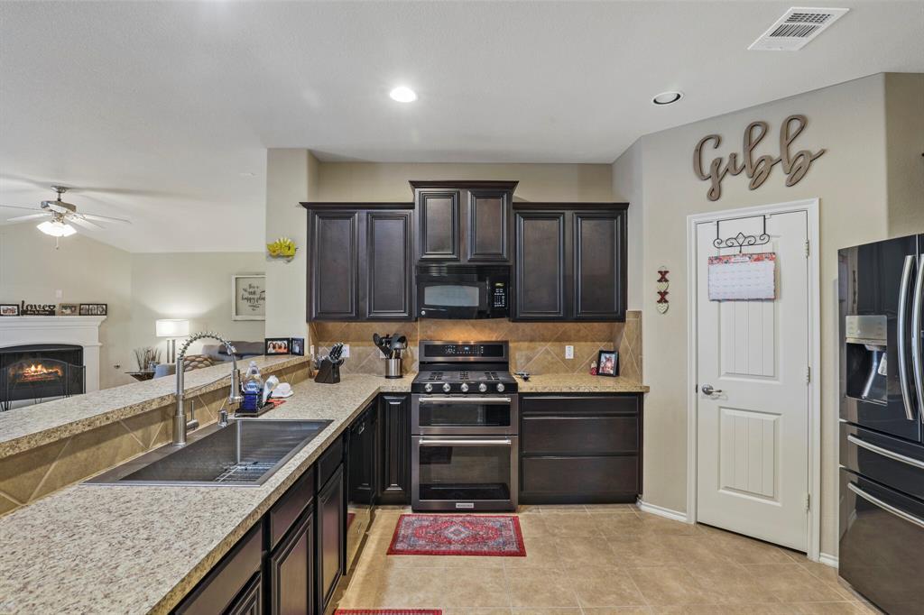 5040 Diamond Peak Court, McKinney, Texas 75071 - acquisto real estate best listing agent in the nation shana acquisto estate realtor