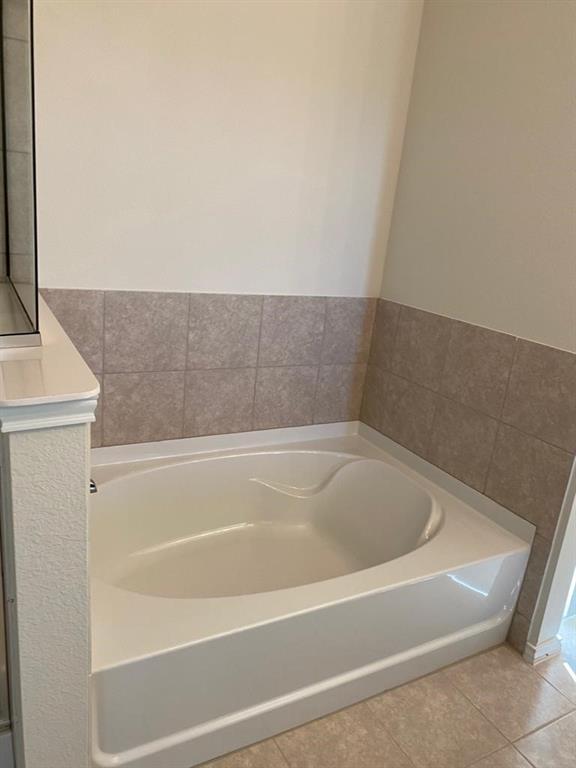 2913 Brisco Way, Aubrey, Texas 76227 - acquisto real estate best designer and realtor hannah ewing kind realtor