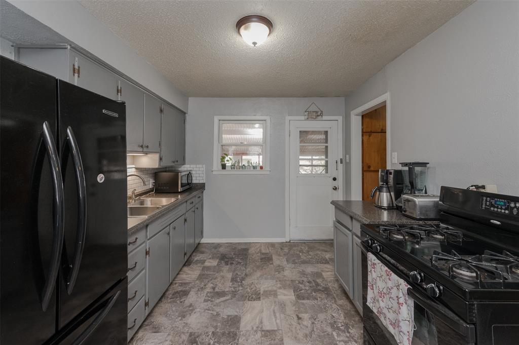 2217 Denison Street, Denton, Texas 76201 - acquisto real estate best real estate company in frisco texas real estate showings
