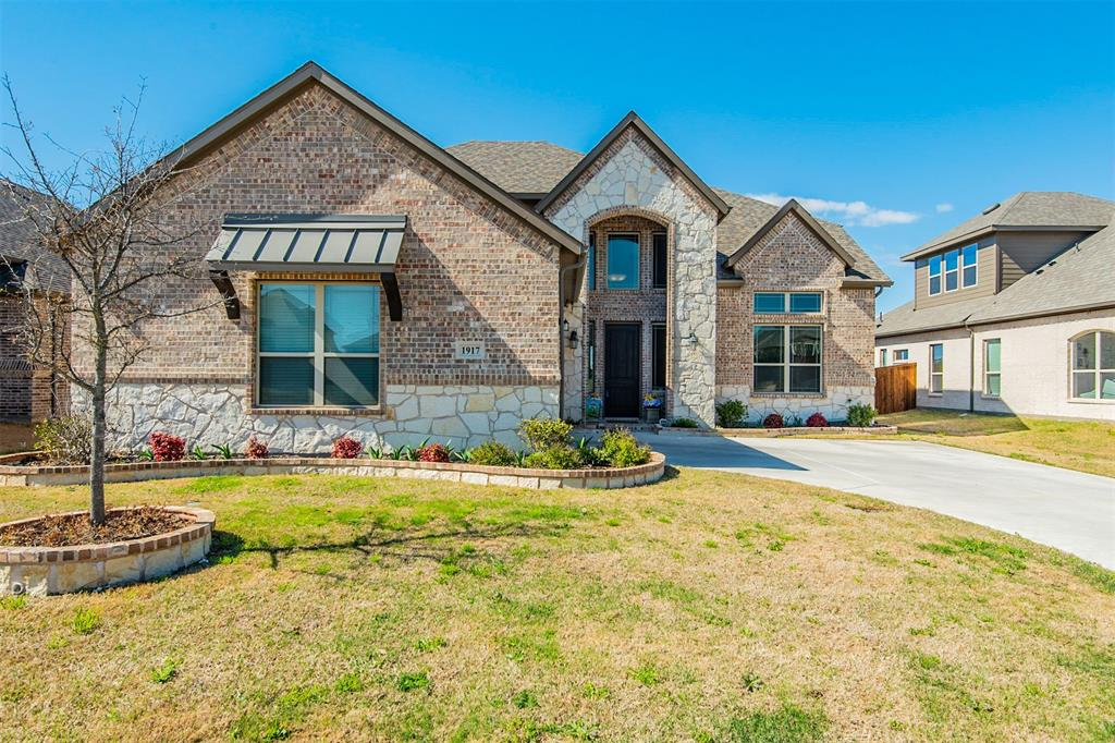 1917 Middleton Drive, Mansfield, Texas 76063 - acquisto real estate best realtor dallas texas linda miller agent for cultural buyers