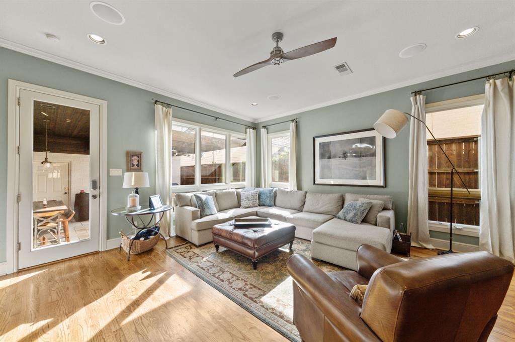 1215 Belle Place, Fort Worth, Texas 76107 - acquisto real estate best prosper realtor susan cancemi windfarms realtor