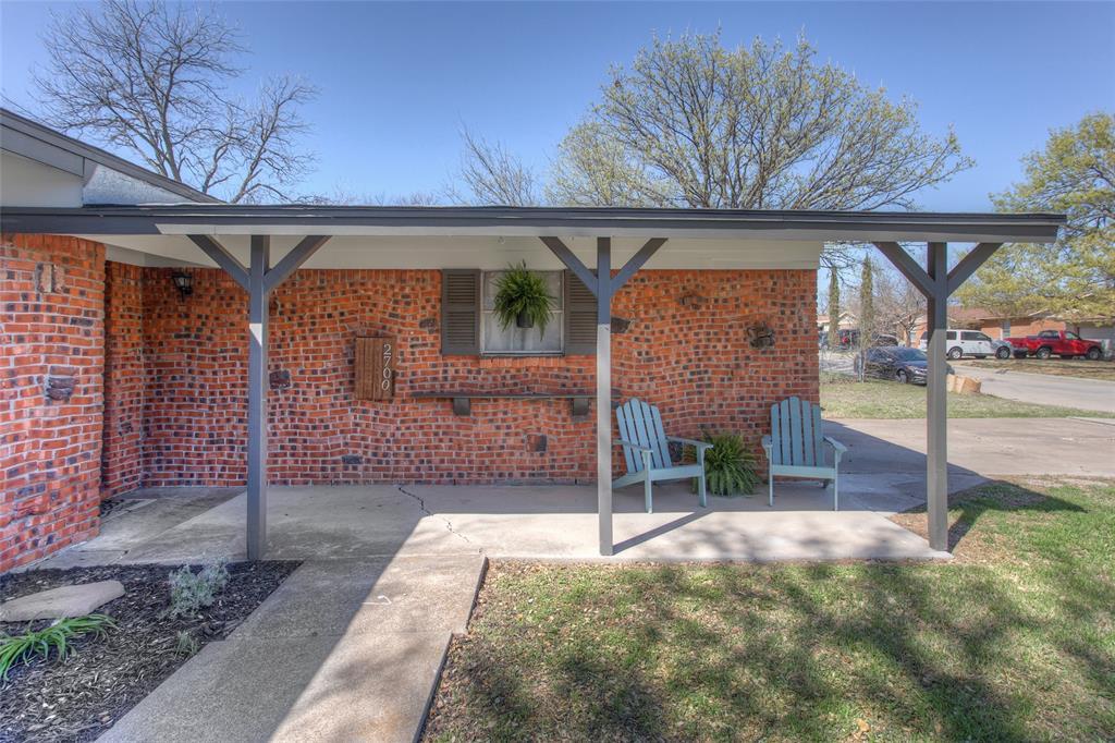 2700 Fuller Avenue, Fort Worth, Texas 76133 - acquisto real estate best prosper realtor susan cancemi windfarms realtor