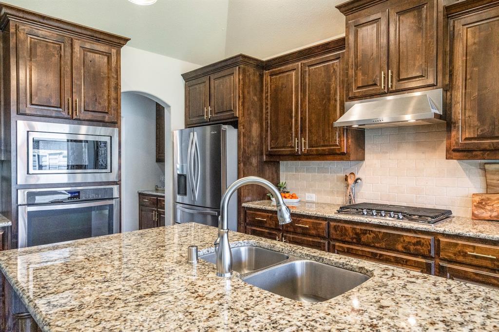 837 Fireside  Drive, Little Elm, Texas 76227 - acquisto real estate best new home sales realtor linda miller executor real estate