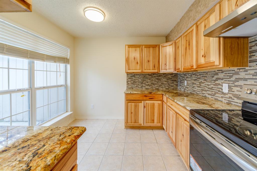 1212 Elm  Court, Runaway Bay, Texas 76426 - acquisto real estate best prosper realtor susan cancemi windfarms realtor