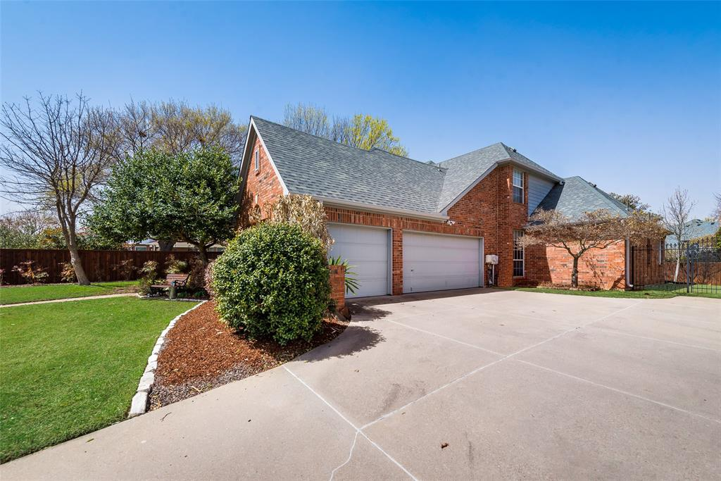 2202 Broadoak Way, Colleyville, Texas 76034 - acquisto real estate best the colony realtor linda miller the bridges real estate