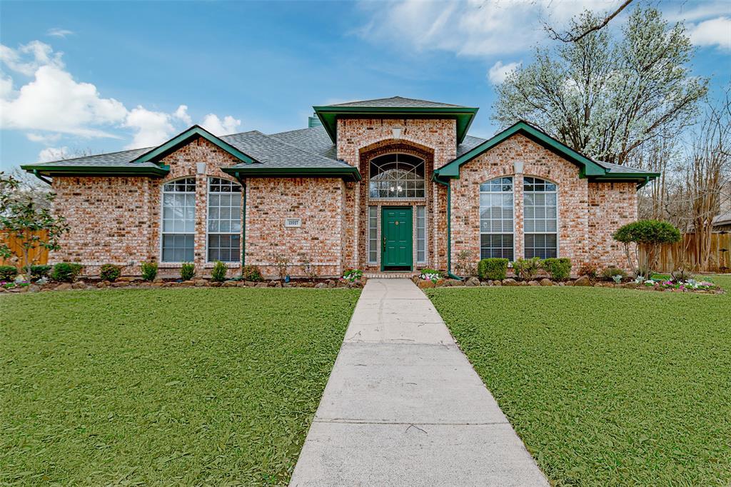 11017 Aurora Lane, Frisco, Texas 75035 - Acquisto Real Estate best plano realtor mike Shepherd home owners association expert