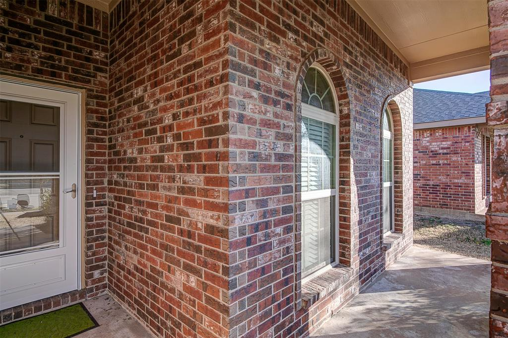 1727 Park Trails Boulevard, Princeton, Texas 75407 - acquisto real estate best plano real estate agent mike shepherd