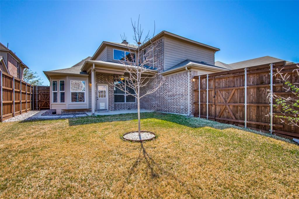 1054 Fossil Lake Dr Frisco, Texas 75036 - acquisto real estate best frisco real estate agent amy gasperini panther creek realtor