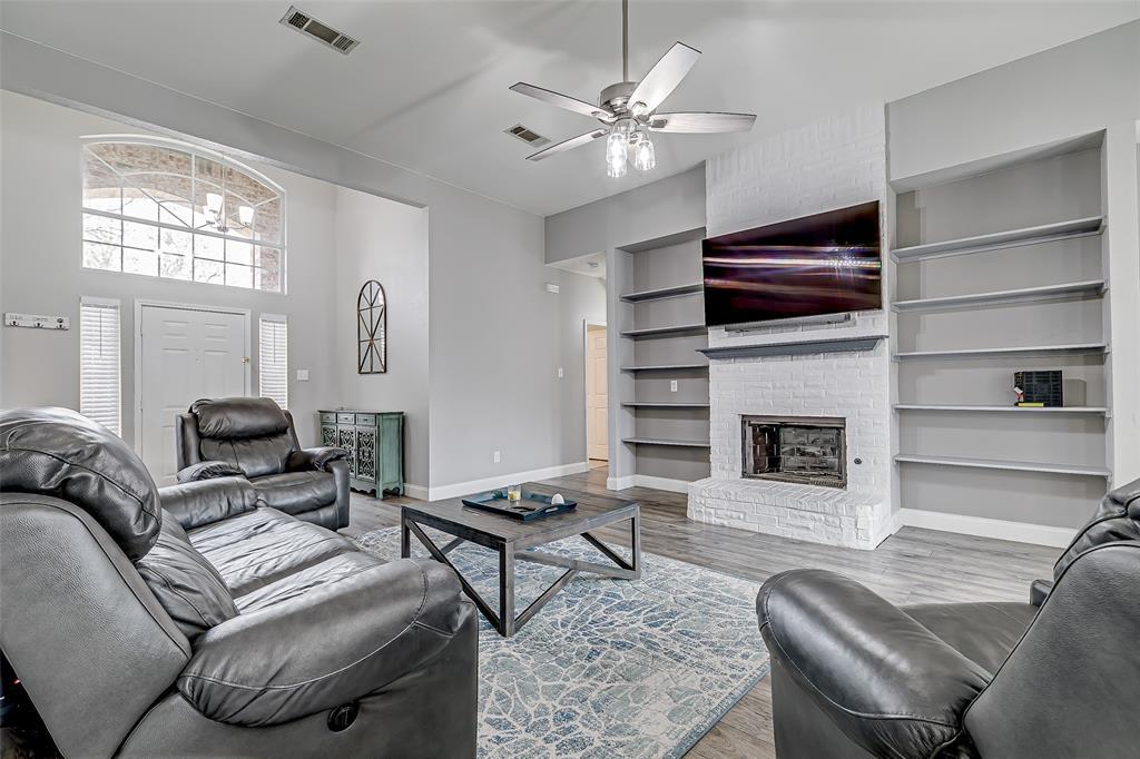 11017 Aurora Lane, Frisco, Texas 75035 - acquisto real estate best highland park realtor amy gasperini fast real estate service