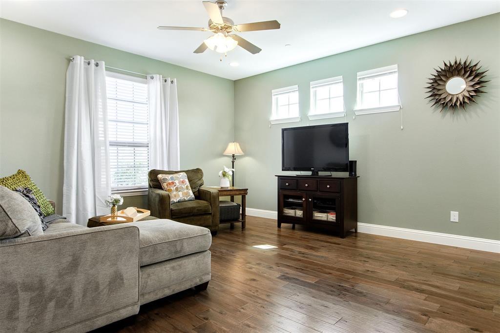 4670 Rhett Lane, Carrollton, Texas 75010 - acquisto real estate best the colony realtor linda miller the bridges real estate