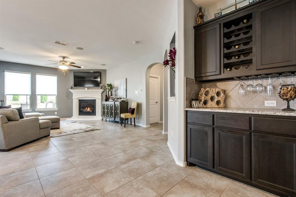 2801 Saddle Creek Drive, Fort Worth, Texas 76177 - acquisto real estate best real estate company to work for
