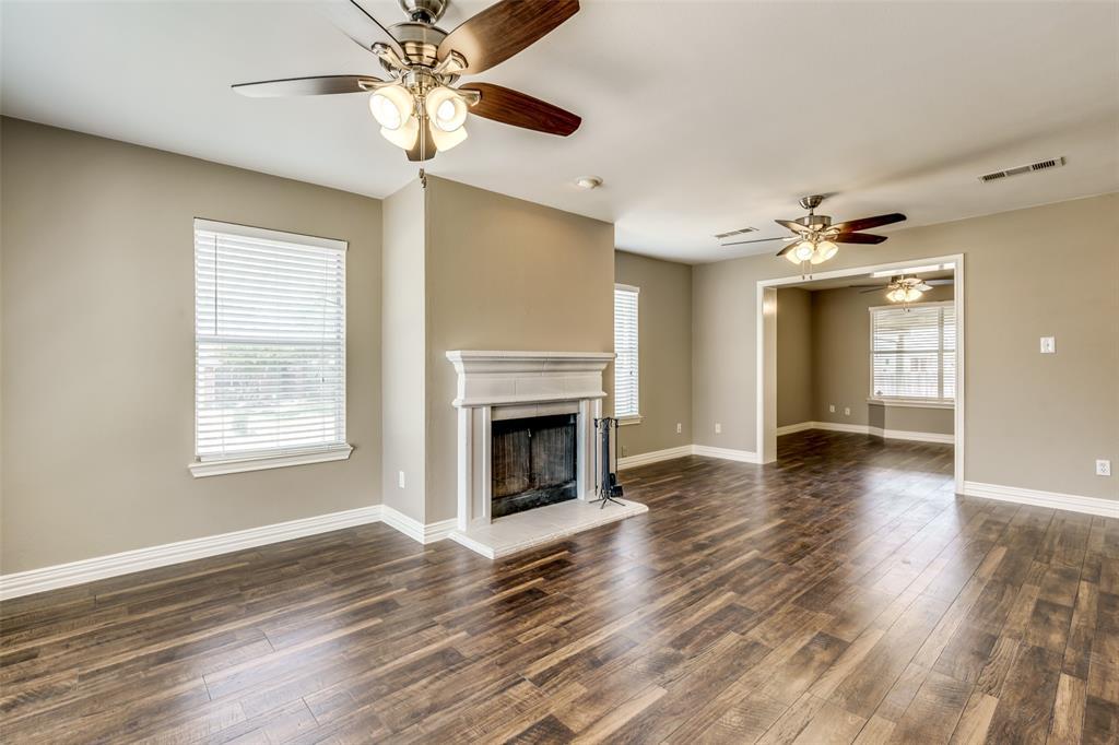 823 Ogden Drive, Arlington, Texas 76001 - acquisto real estate best allen realtor kim miller hunters creek expert