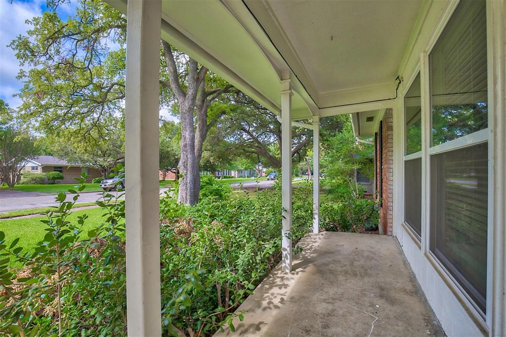 3239 Leahy  Drive, Dallas, Texas 75229 - acquisto real estate best allen realtor kim miller hunters creek expert
