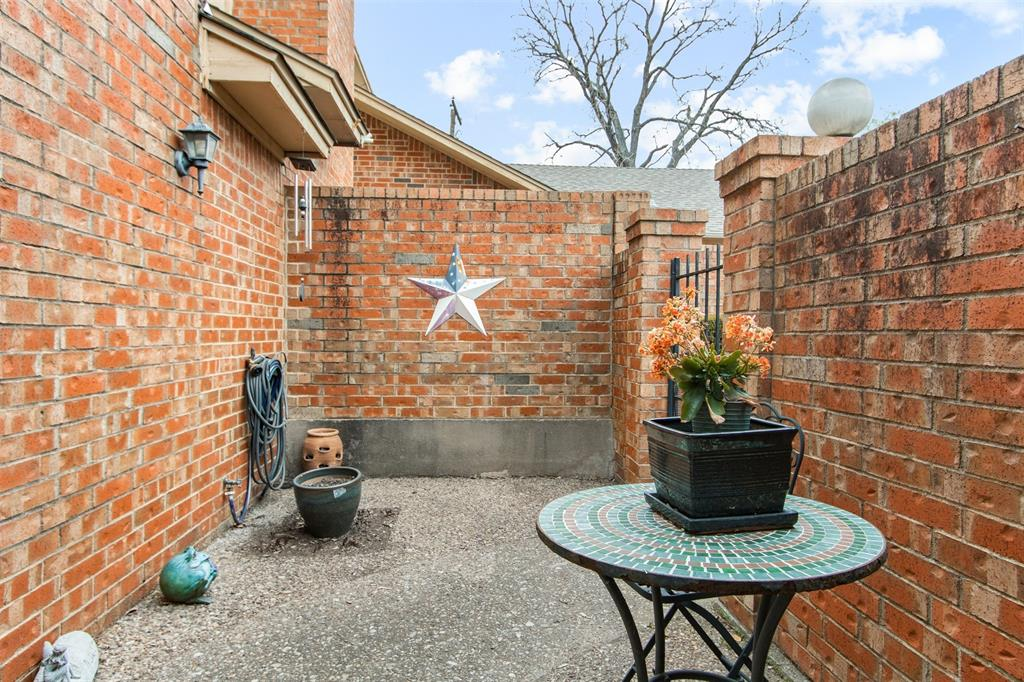 925 Cedarland  Boulevard, Arlington, Texas 76011 - acquisto real estate best allen realtor kim miller hunters creek expert