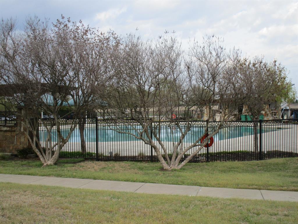 2050 Old Glory Lane, Heartland, Texas 75126 - acquisto real estate smartest realtor in america shana acquisto