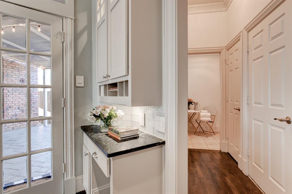 4700 Village Oak Drive, Arlington, Texas 76017 - acquisto real estate best investor home specialist mike shepherd relocation expert